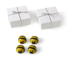 Bee Favor with Silver Cord 4pc