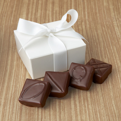 Chocolate Favor with Ribbon 4pc
